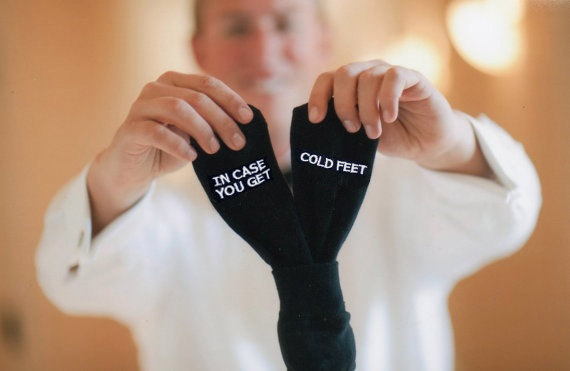 Grooms Socks 'in case you get cold feet'™ Funny Wedding Gift Idea, Black Mens Wedding Socks Gift from Bride, Groom Weddi的图片