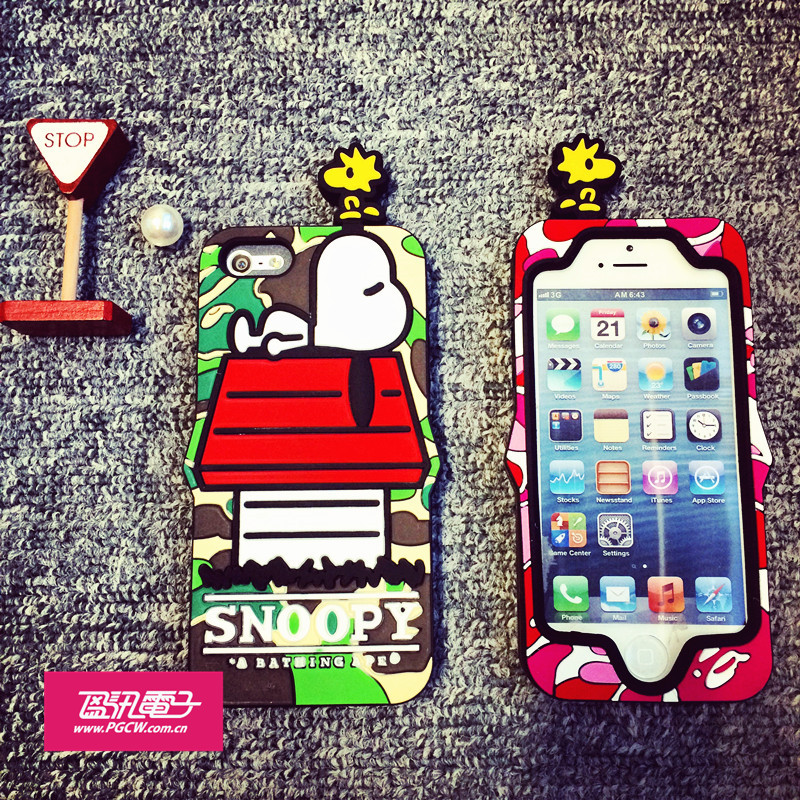 日本A bathing Ape X Snoopy 史努比限量版iphone5/5s硅胶保护套