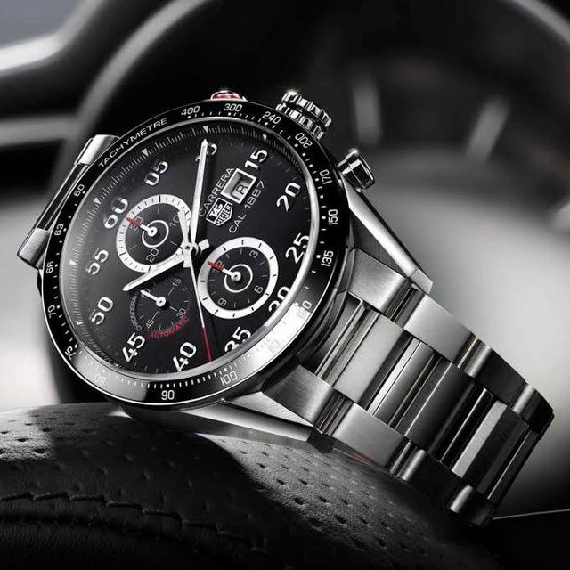 Carrera Calibre 1887 Chronograph by Tag Heuer 腕表的图片