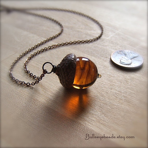 Glass Acorn Necklace in Dark Streaky Transparent Topaz by Bullseyebeads的图片