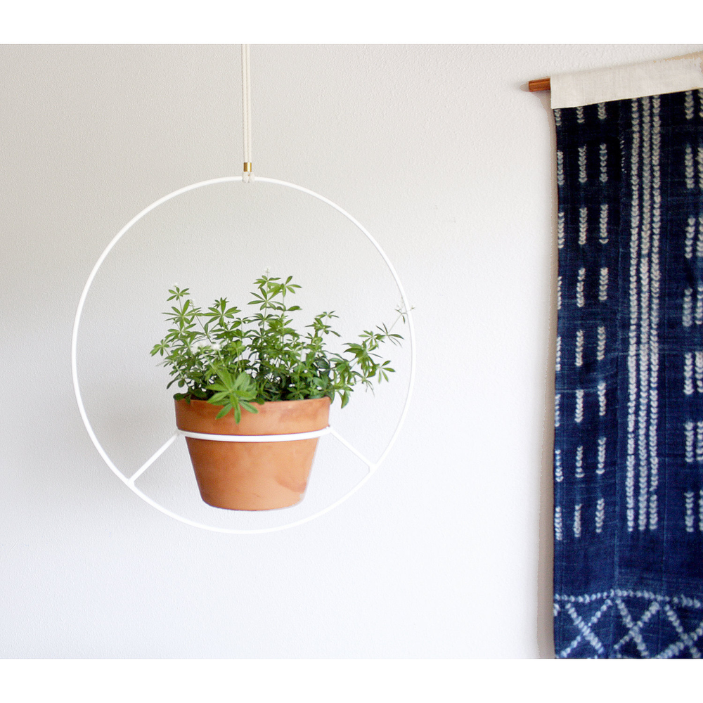 White Hanging Planter, Plant Hanger, Mid Century Plant Holder, Outdoor Plant Stand, Circular Round Hanging Planter, Mini