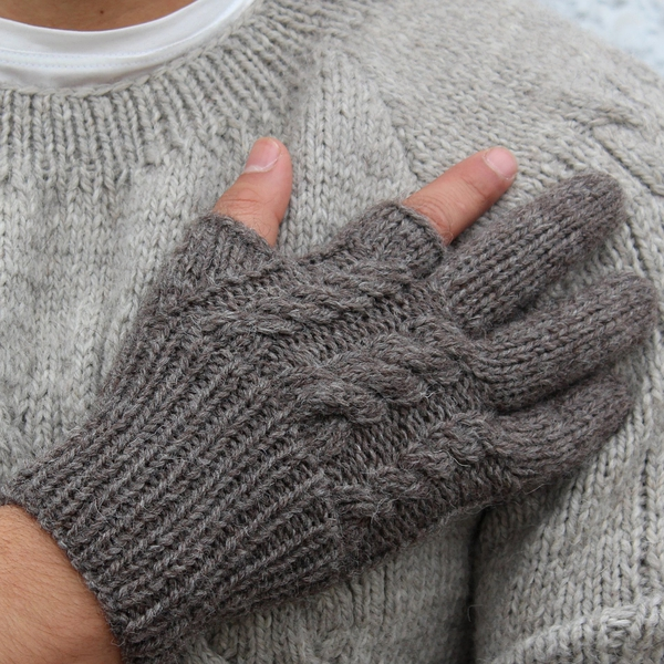 Hand Knitted Smartphone Gloves by Pietà - $60