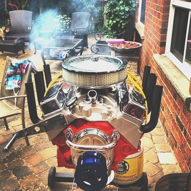 V8 Engine Bbq Grill by Hot Rod Grills 的图片