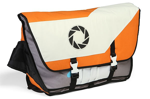 Portal 2 Aperture Laboratories Messenger Bag的图片