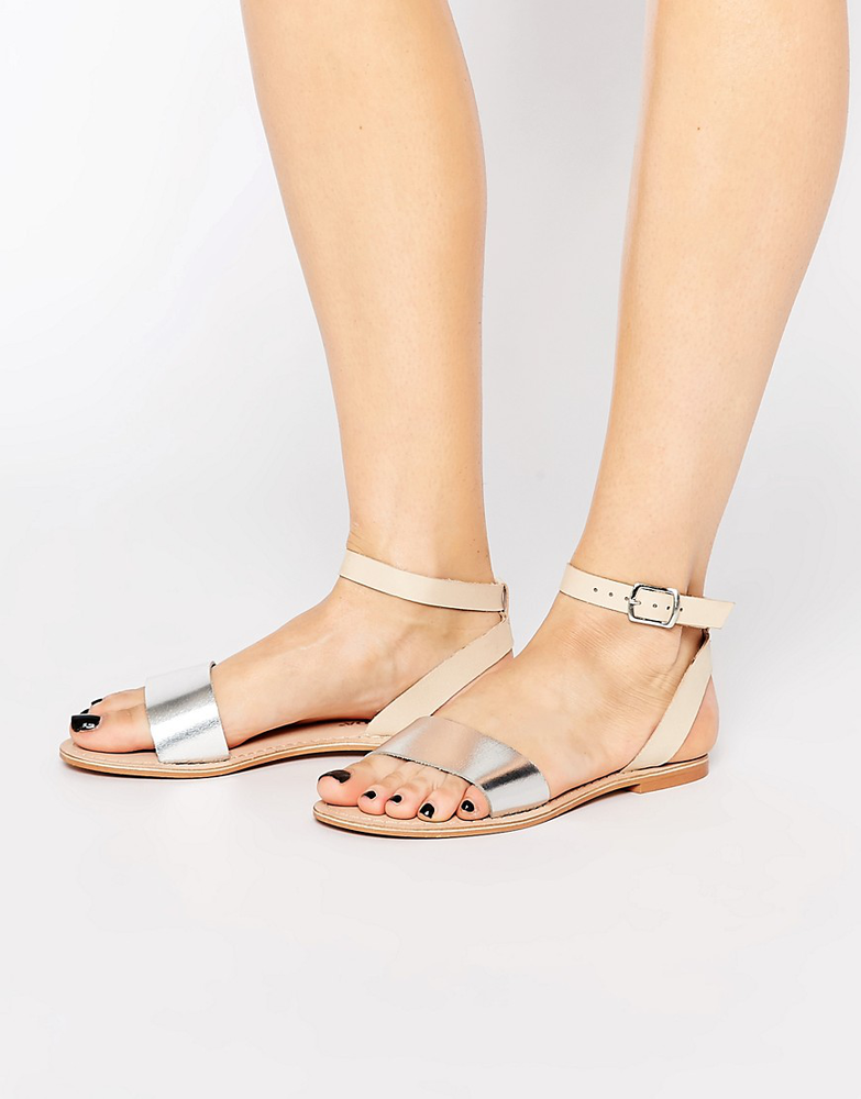 Vero Moda Metallic Leather Strap Sandal的图片