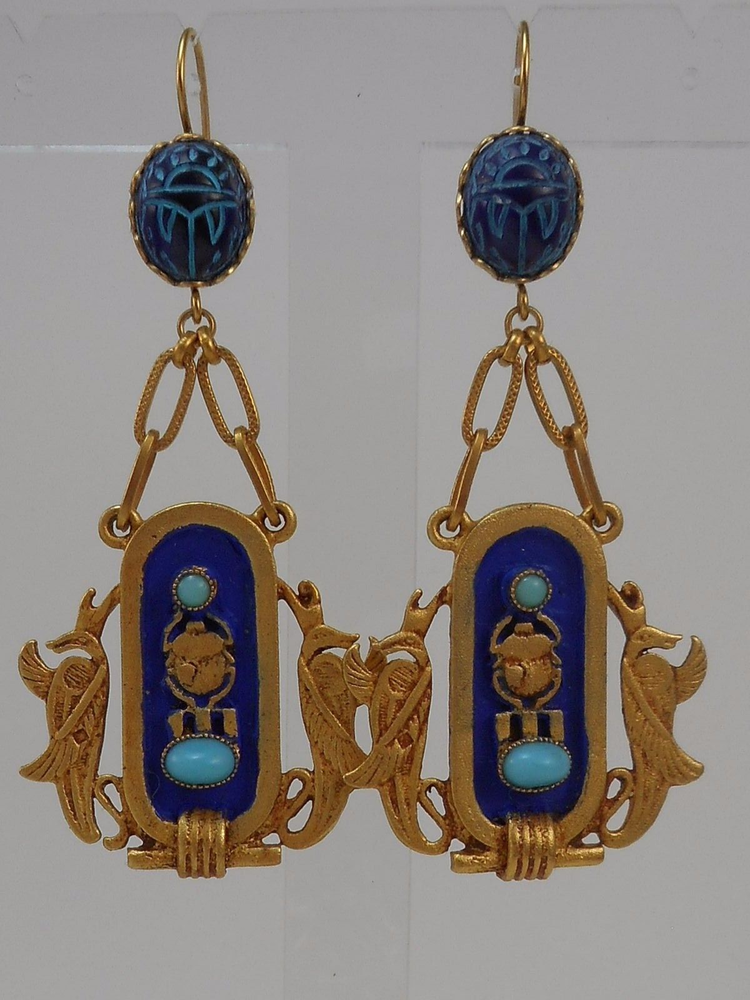 ASKEW LONDON 'EGYPTIAN REVIVAL' CARTOUCHE  DROP EARRINGS的图片