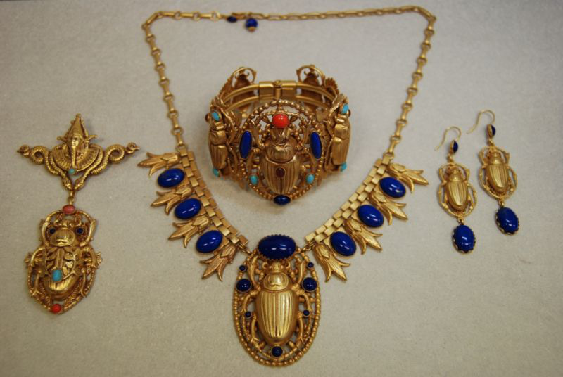 ASKEW LONDON EGYPTIAN REVIVAL SCARAB COSTUME JEWELRY BRACELET NECKLACE BROOCH的图片